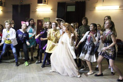 В Доме Молодежи Рекорд прошел Новогодний КВН