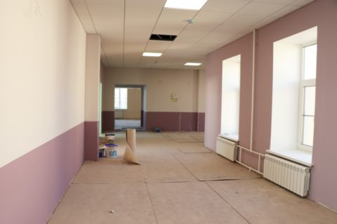 Отделочные работы внутри здания школы по капитальному ремонту