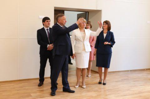 ВРИО губернатора Санкт-Петербурга Александр Беглов проинспектировал капитальный ремонт нашей школы