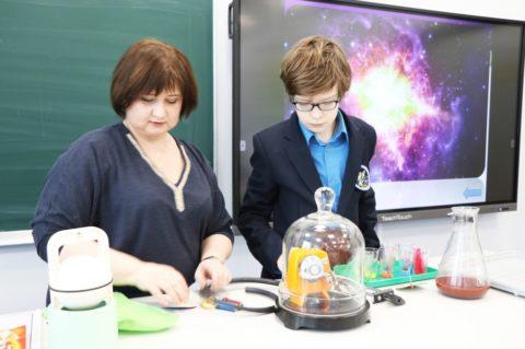 Учащиеся 6-го класса посетили урок»Физика рядом»